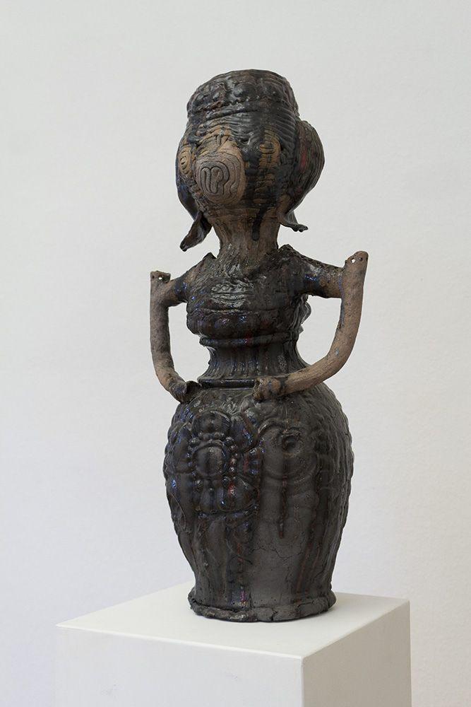 Susanne Ring | Königinnen – 2010, ca. 90 cm, Keramik, glasiert, gebrannt